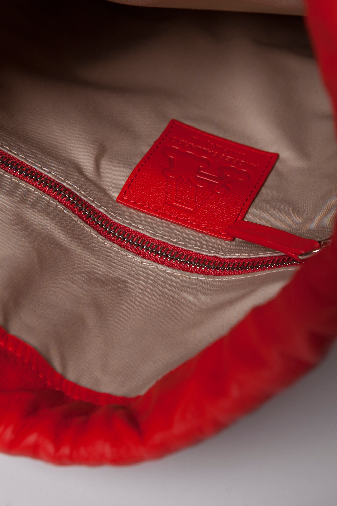 sac-backpack-lion-red-3