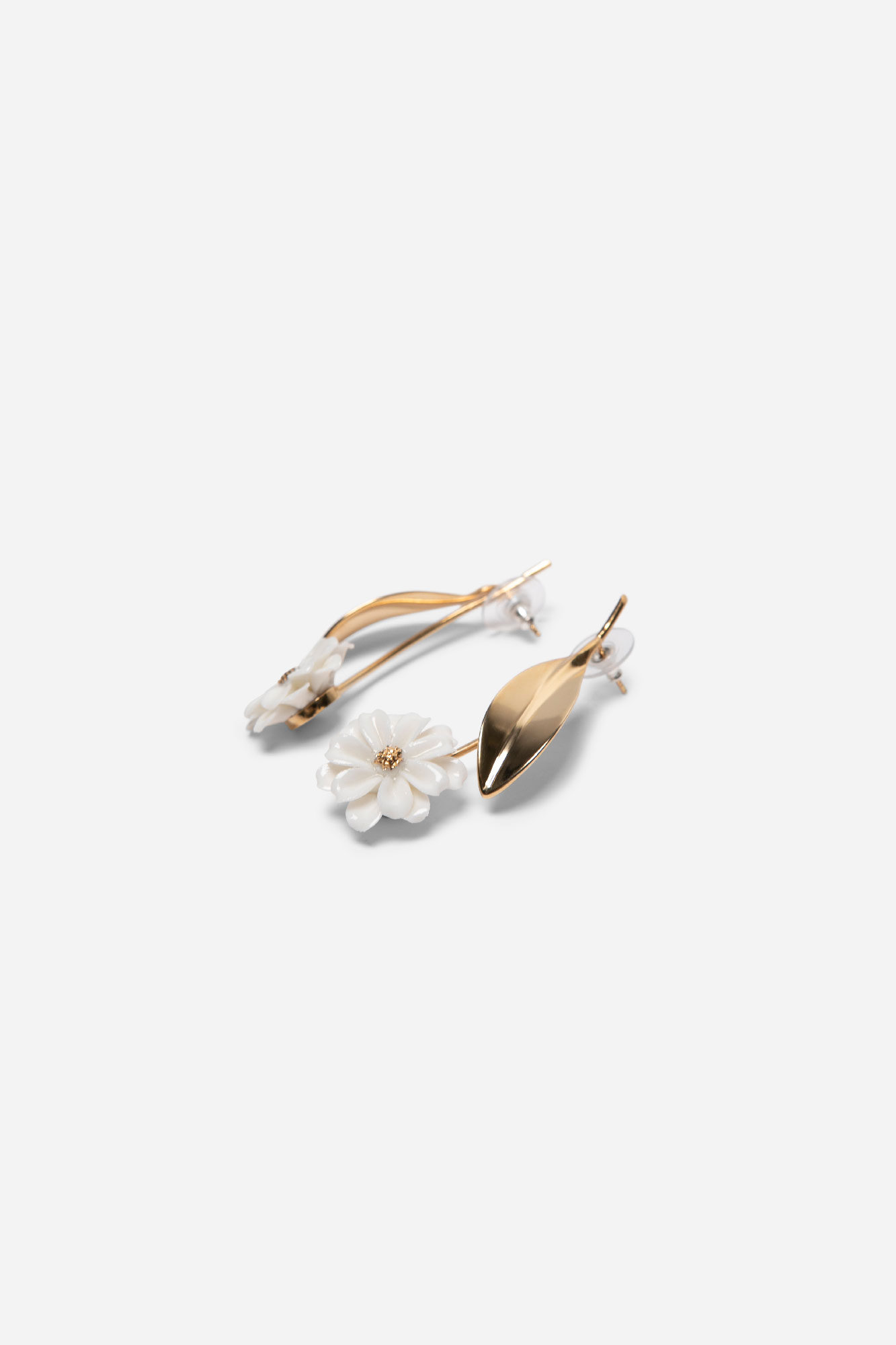 Daisy Stern Earrings Gold