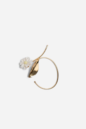 Daisy Stern Single Earring