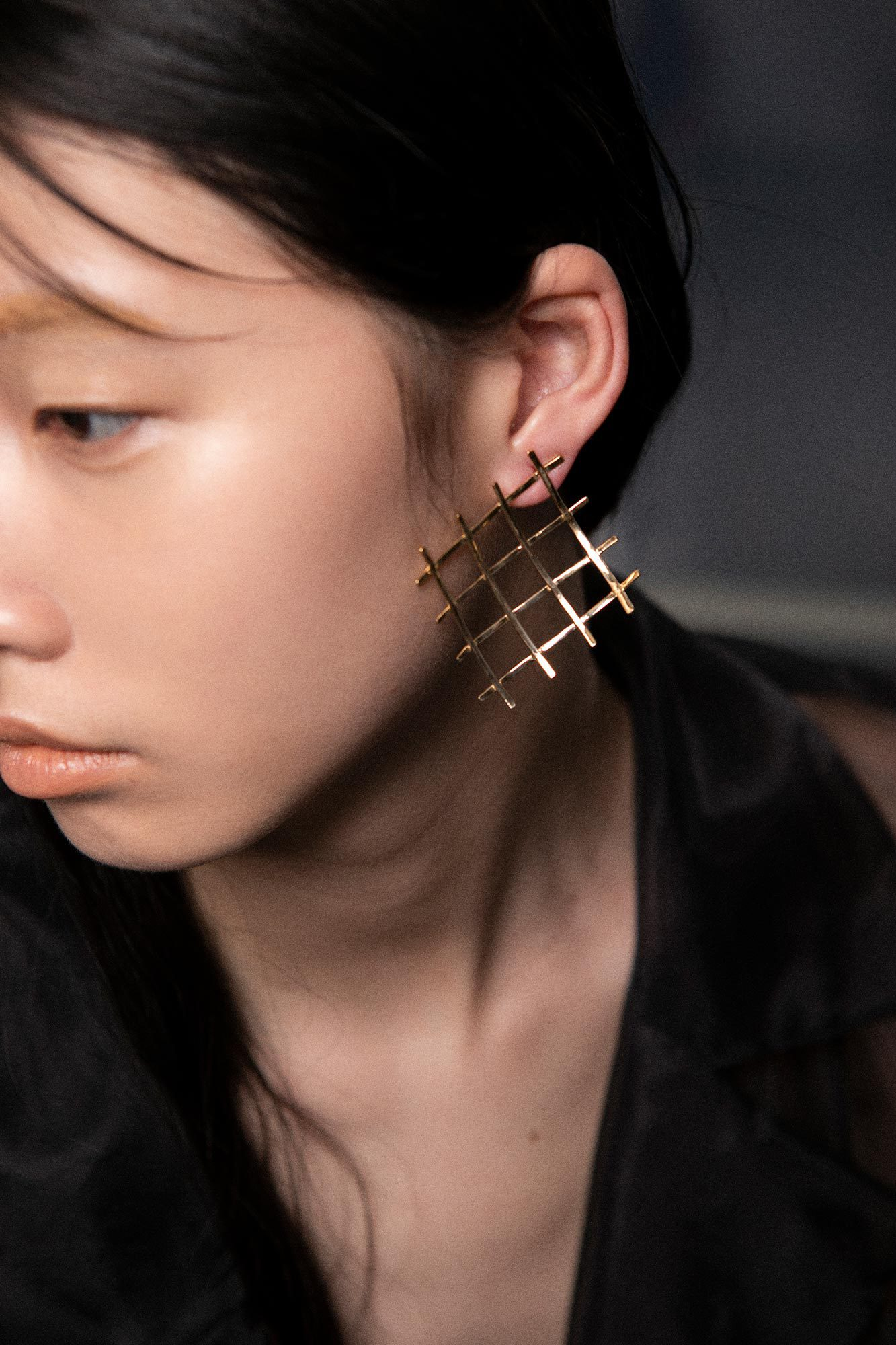 Grid Wave Earrings